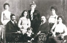 Winnipeg's Fortune family (L-R): Ethel, Robert (not on Titanic), Alice, Charles, Mary, Mark, Clara (not on the Titanic)  and Mabel.