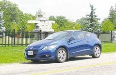 2013 Honda CR-Z is the only hybrid vehicle that can be bought with a manual transmission.