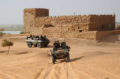 John Baird announced that Canada was unlikely to commit further resources to Mali in fears of the deployment becoming similar to the decade-long mission in Afghanistan.