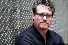 Author's knowledge of the city's seedy underbelly gives his fiction a kick