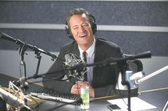 Matthew Perry portrays sportscaster Ryan King in the pilot episode of Go On.