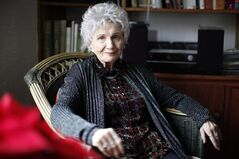 Canadian author Alice Munro is photographed in Victoria, B.C. December 10, 2013. THE CANADIAN PRESS/Chad Hipolito
