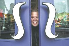 Chip Wilson, founder of the Lululemon chain, will receive his IDEA in June.