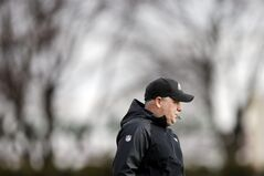 Philadelphia Eagles head coach Chip Kelly directs his players during NFL football practice at the team's training facility, Tuesday, Dec. 31, 2013, in Philadelphia. (AP Photo/Matt Rourke)