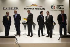 Representatives of Daimler, Renault-Nissan, Infiniti, and the Mexican government, arrive for a joint press conference in Mexico City, Friday, June 27, 2014. From left are Mexico's Secretary of the Economy Ildefonso Guajardo Villarreal; Mercedes Benz Mexico CEO Pedro Antonio Tabera; Daimler's Dr. Guido Krupinski; Jose Munoz, Nissan's executive vice president and the chairman of Nissan North American; Carlos Lozano de la Torre, governor of Aguascalientes state; and Michael Bartsch, vice president of Infiniti Americas. (AP Photo/Rebecca Blackwell)