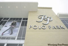 JOE BRYKSA/WINNIPEG FREE PRESS Biz- Polo Park Shopping Center- Jan 16, 2009