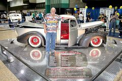 Ron Howrie from Carseland, Alta., made the scene with a spectacular 1944 Chevrolet pickup.