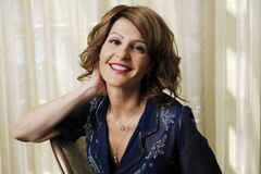 Nia Vardalos will be filming a new movie in Winnipeg this summer about four suburban friends who resort to starting up a phone-sex line to make money.
