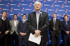 NHLPA Executive Director Donald Fehr  stands in front of players, left to right, Detroit Red Wings' Daniel Cleary, Edmonton Oilers' Shawn Horcoff, Pittsburgh Penguins' Sidney Crosby, Carolina Hurricanes' Eric Staal and Phoenix Coyotes' Shane Doan at a news conference following collective bargaining talks in Toronto on Thursday, October 18, 2012.