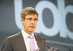 Chairman of Loblaw Co. Ltd. Galen Weston Jr. speaks about the garment factory tragedy in Bangladesh before their annual general meeting in Toronto on Thursday May 2, 2013. THE CANADIAN PRESS/Aaron Vincent Elkaim