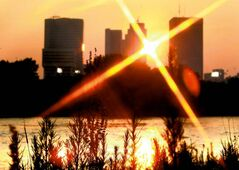 The smoke and haze make for a beautiful sunset photo of the Winnipeg skyline, but the picture isn't quite so pretty for young children, the elderly, and anyone with heart and lung conditions.