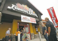 If you're heading to Famous Dave's for dinner, be prepared to wait. But it's worth it.