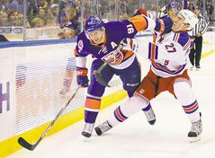 New York Islander John Tavares (91), who has been playing with Bern during the lockout, will play on a line with Jason Spezza and Sam Gagner.
