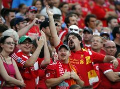 Fans cheer prior to a friendly soccer match between Liverpool FC and AS Roma at Fenway Park in Boston, Wednesday, July 23, 2014. (AP Photo)