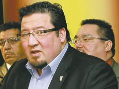 Grand Chief Derek Nepinak (foreground).