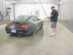 Although Willy has never owned a Porsche, he has washed more than a few, including this 911 he test-drove last fall.