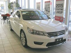 There have been minor cosmetic and technology changes to the 2015 Honda Accord.