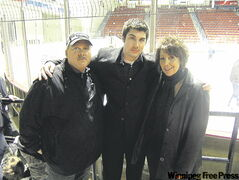 Jordan Mistelbacher (centre) with parents, Mark and Lynne, last November.