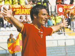 Vincenzo Montella, seen in his playing days with AS Roma, is sure to spark new life in Fiorentina as its new manager.