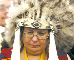Chief Theresa Spence won't stop her hunger strike.