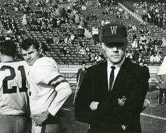 Bud Grant (right) with Bomber quarterback  Ken Ploen in the 1962 Grey Cup.