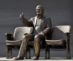 Statue of Roger Ebert shows the critic giving his famous thumbs-up rating.