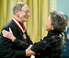 Former governor general Adrienne Clarkson presents Spohr with the Order of Canada in 2004.