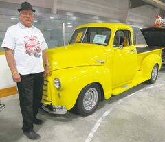 Long-time MSRA member Bob Vockeroth shows off his mint 1952 GMC truck. He recently retired from the Manitoba Department of Justice.