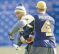 Winnipeg Blue Bombers quarterback Buck Pierce and running back Chad Simpson prepare for tonight's home game against the Hamilton Tiger-Cats.