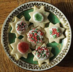 Dolly's Easiest and Yummiest Sugar Cookies.
