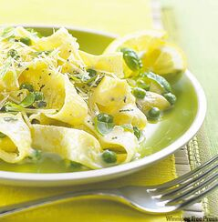 Pasta al limone with ricotta cheese