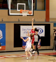 Glenlawn forward Kiara Hazell drives to the basket in the provincial final against Oak Park.