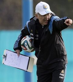 Argentina's coach Alejandro Sabella gives instructions during a team training session in Buenos Aires, Argentina, Wednesday, May 28, 2014. Argentina is training for the World Cup that starts in June in Brazil. (AP Photo/Natacha Pisarenko)