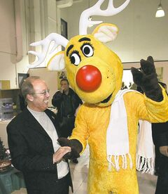 WAYNE GLOWACKI / WINNIPEG FREE PRESS archives Operation Red Nose's Rudy and Mayor Sam Katz support the annual campaign.