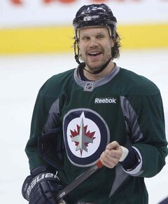 Olli Jokinen is one of six players with the Jets who will become an unrestricted free agent this summer. The players were at the MTS Centre in this morning in preparation for their game against the New York Islanders tomorrow.