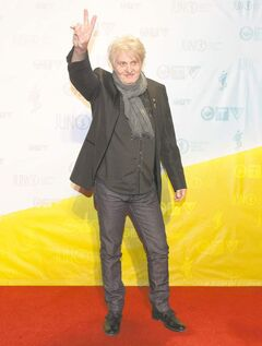 Tom Cochrane on the red carpet during the 2013 Juno Awards in Regina.