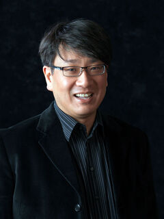 Winnipeg Symphony Orchestra resident conductor Richard Lee
