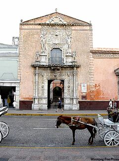 Casa de Montejo, a colonial building in Plaza Grande, is badly in need of a coat of paint.
