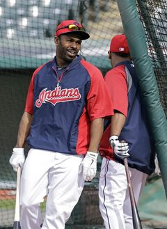 Cleveland Indians center fielder Michael Bourn leaves the cage during batting practice before a baseball game against the Minnesota Twins Wednesday, May 7, 2014, in Cleveland. Bourn hasn't played since injuring his hamstring beating out a bunt against the Chicago White Sox May 3. (AP Photo/Mark Duncan)