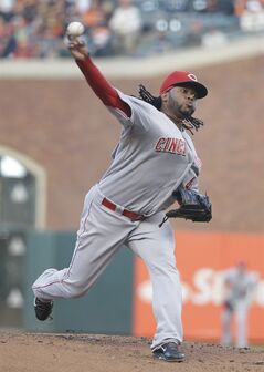 Cincinnati Reds starting pitcher Johnny Cueto throws against the San Francisco Giants in the first inning of their baseball game Friday, June 27, 2014, in San Francisco. (AP Photo/Eric Risberg)