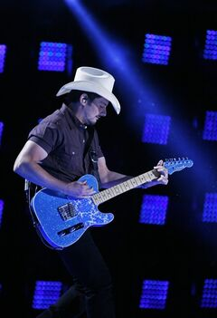 Brad Paisley performs during the CMA Music Festival at LP Field on Sunday, June 8, 2014, in Nashville, Tenn. (Photo by Wade Payne/Invision/AP)