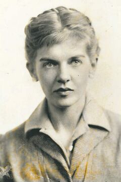 Canadian writer Elizabeth Smart.