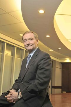 Garth Manness announced his retirement from Credit Union Central after 15 years as CEO.