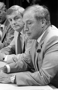 Prime Minister Pierre Trudeau (right) and Premier Peter Lougheed at a news conference to anounce an oil pricing agreement Sept. 1, 1981.