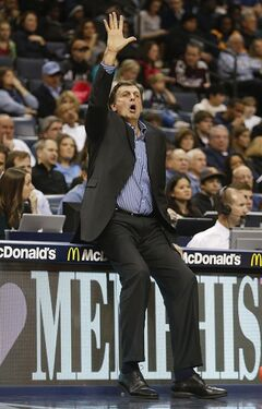 Houston Rockets head coach Kevin McHale calls a play against the Memphis Grizzlies in the first half of an NBA basketball game, Saturday, Jan. 25, 2014, in Memphis, Tenn. (AP Photo/Lance Murphey)