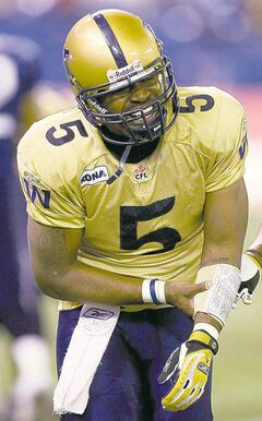Stamps QB Kevin Glenn has a chance to do with Calgary what he couldn't do with the Blue Bombers in 2007 when he fractured his forearm in the divisional final.