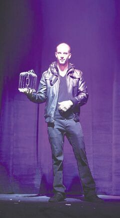 Winnipeg illusionist Darcy Oake