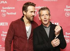 Actors Ryan Reynolds, left, and Ben Mendelsohn pose at the premiere of