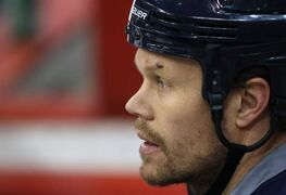 Winnipeg Jets forward Olli Jokinen