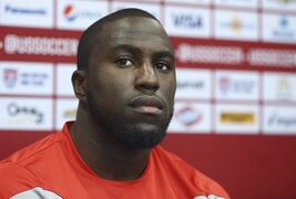 Jozy Altidore talks to the media at FAU Stadium in Boca Raton, Fla., Oct.13, 2014. After spending time away with the U.S. national team and at Toronto FC's training camp in Florida, Altidore looks to finally fit in some house-hunting this week before the MLS club leaves Thursday for its season opener in Vancouver. THE CANADIAN PRESS/AP/J Pat Carter